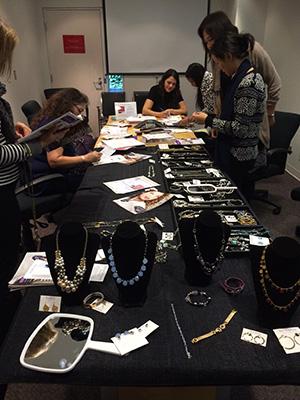 Jewelry1_300Pix